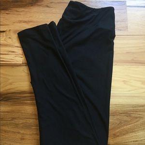 LuLaRoe Tall&Curvy BLACK Leggings. NWOT!